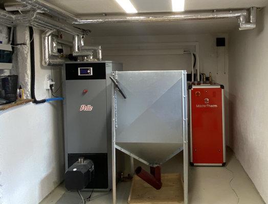 Õhk vesi soojuspump Master Therm BoxAir Inverter Split Plus 3-9 kW ja pelletikatel Pelle